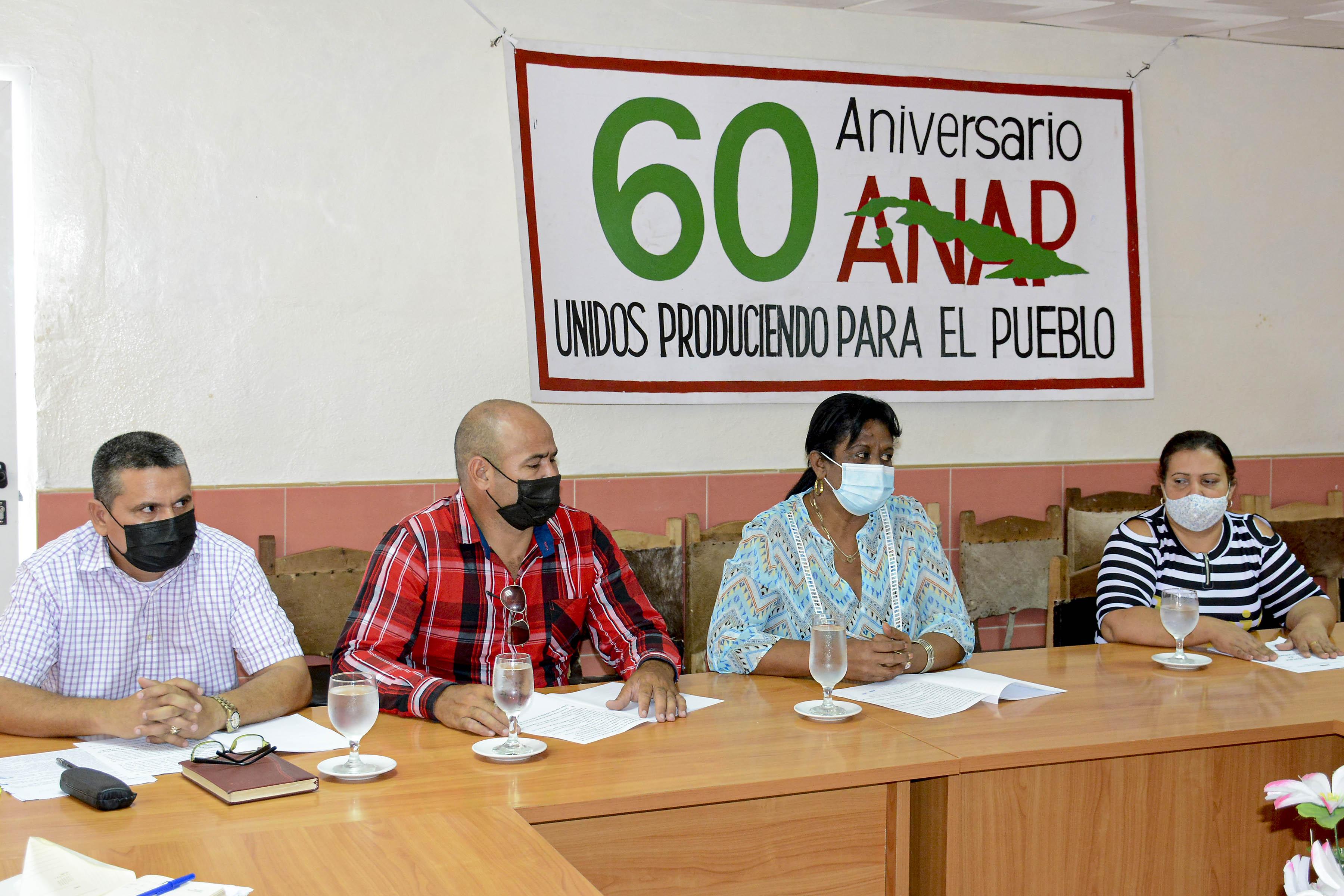 Más fortalecida la Anap en aniversarios campesinos