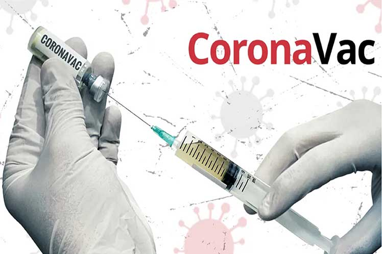 Brasil suspende producción de vacuna CoronaVac por falta de insumos