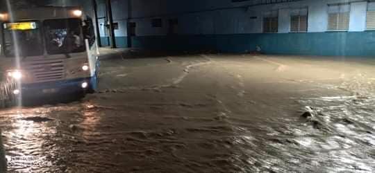 Intensas lluvias provocan afectaciones en Manzanillo (+ fotos)