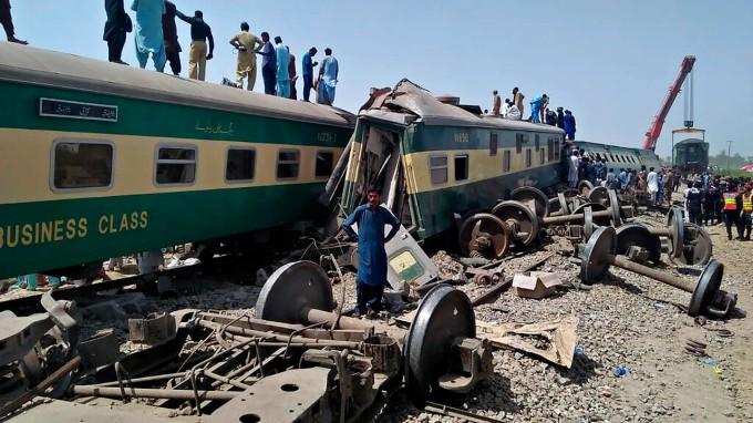 Cuba transmite condolencias por víctimas de accidente ferroviario en Pakistán