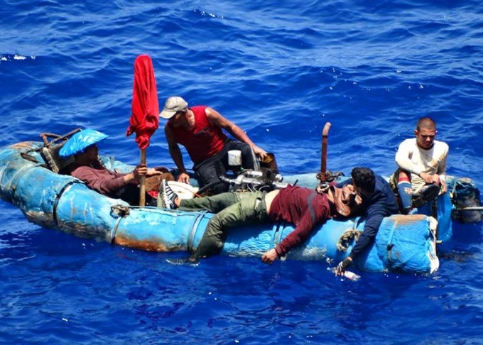 Devueltos a Cuba 82 migrantes ilegales por Guardacostas estadounidense