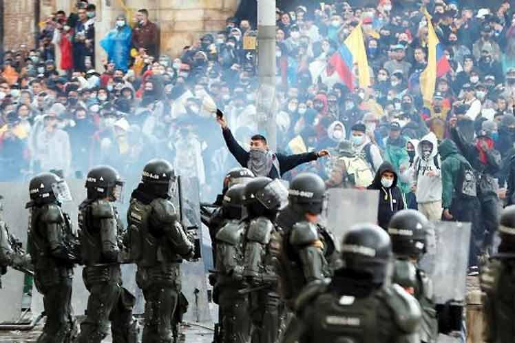Duque opta por la represión contra el pueblo colombiano