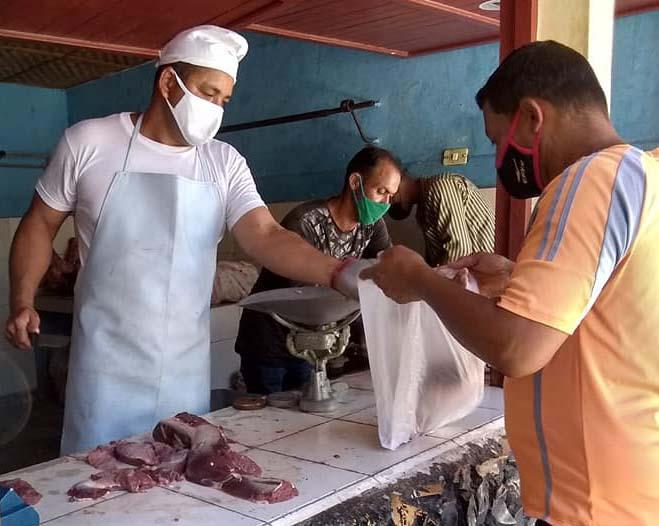 Comercializan en Guisa de forma liberada carne bovina