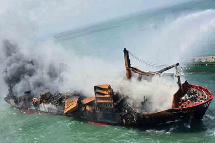 Sri Lanka enfrenta su peor desastre ambiental marítimo (+Foto)