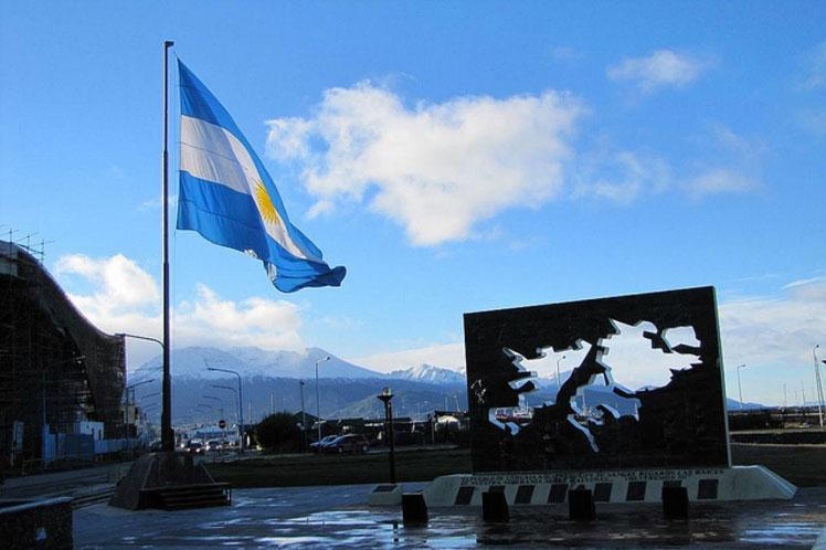 Argentina pide reanudar negociaciones por soberanía en Malvinas