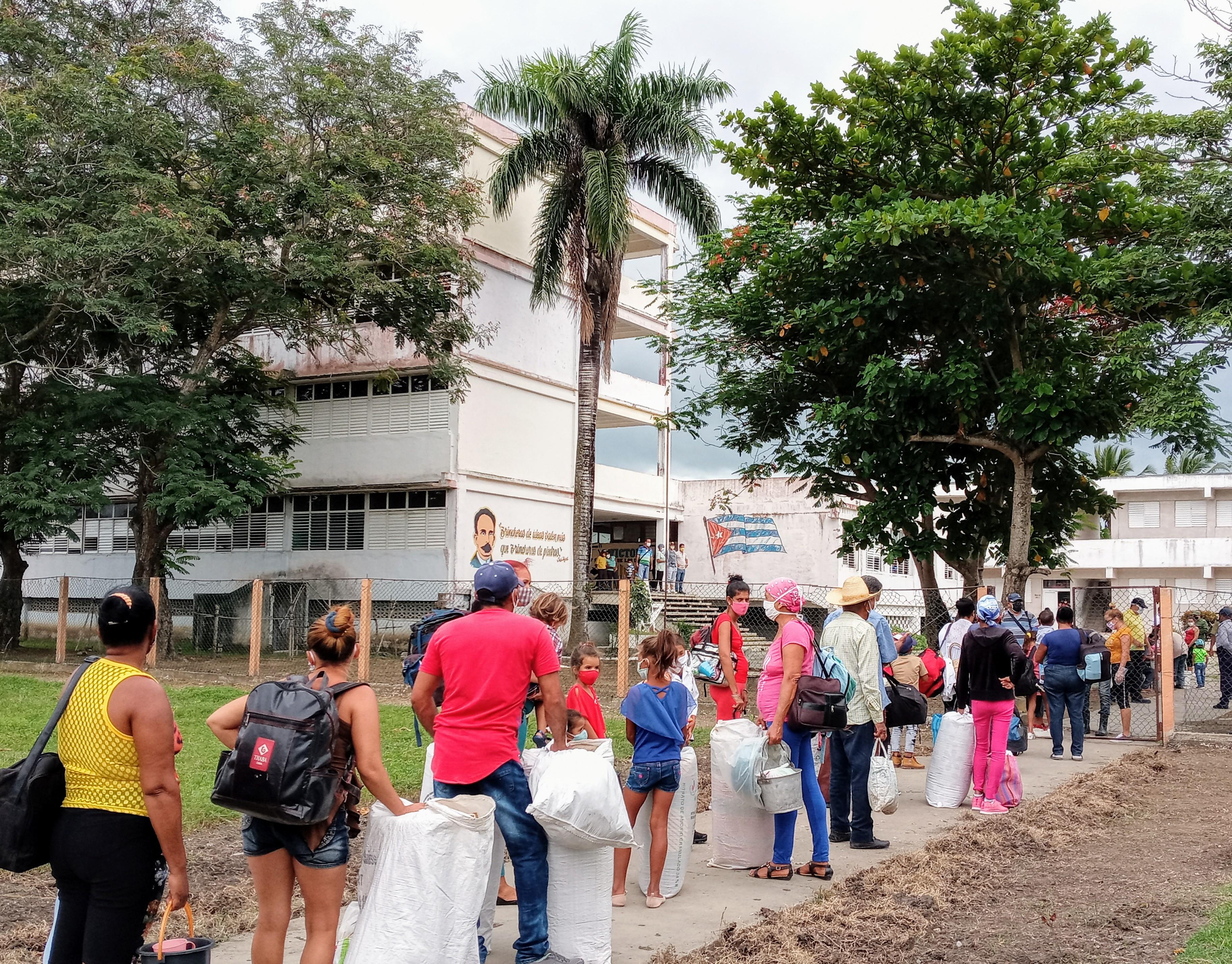 Evacuadas más de seis mil personas en Río Cauto