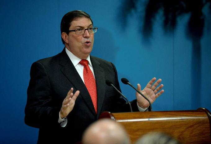 Canciller de Cuba rechaza postura de presidente de Brasil