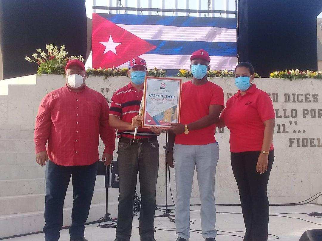 Reconocen a Manzanillo como territorio cumplidor por el 26 de Julio