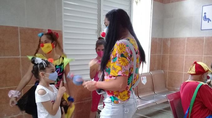 Cada vez más cerca inmunización de niños y adolescentes cubanos