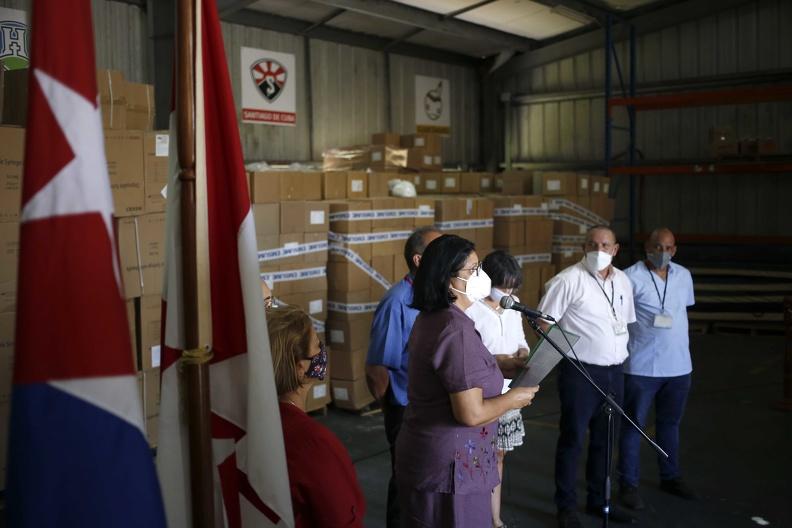 Cuba recibe importante donativo de jeringuillas proveniente de Canadá