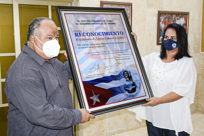 Conmemoran en Granma aniversario 61 de la Federación de Mujeres Cubanas (+ fotos)