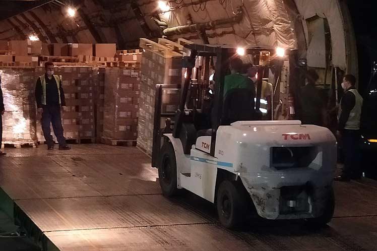 Cuba recibe nuevo cargamento de ayuda humanitaria procedente de Rusia