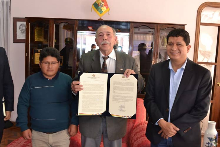 Ente legislativo boliviano repudió bloqueo estadounidense contra Cuba