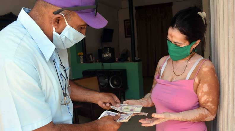 Más de 161 mil beneficiarios de la asistencia social han recibido ayuda económica temporal