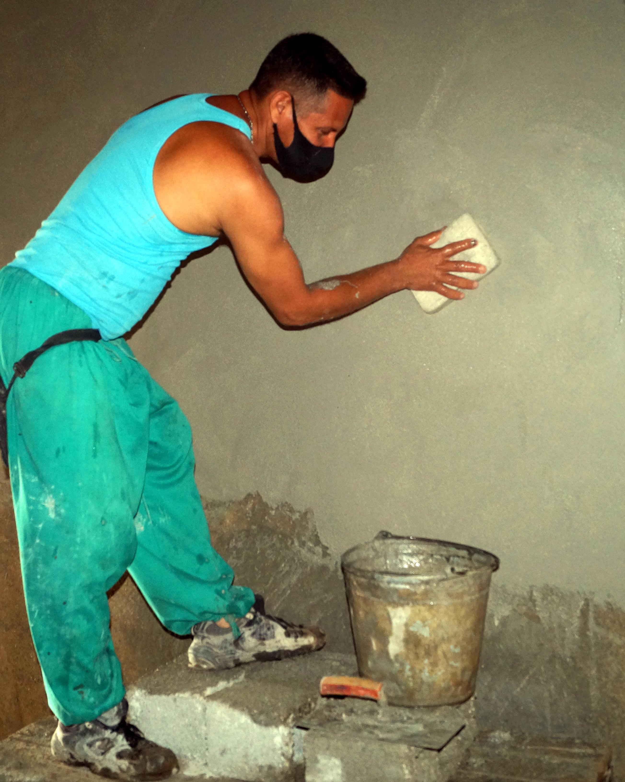 Impulsa construcción de viviendas empresa del Micons en Granma