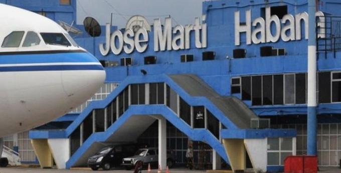 Cuba abrirá gradualmente sus fronteras en noviembre