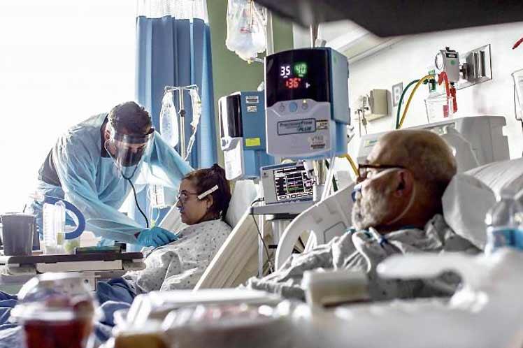 Uno de cada cuatro hospitales de EEUU casi a tope