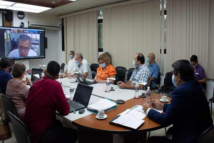 Científicos de Cuba presentan a OMS resultado de vacunas antiCovid-19 (+Fotos)