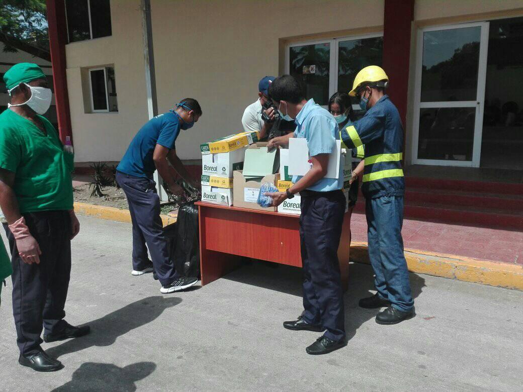 Eléctrica efectúa donativo a hospital de campaña de Bayamo