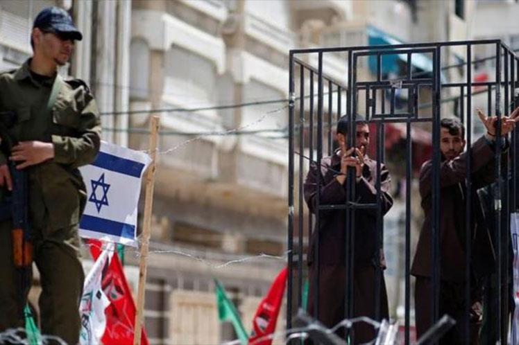 Denuncian castigos colectivos a presos palestinos en Israel