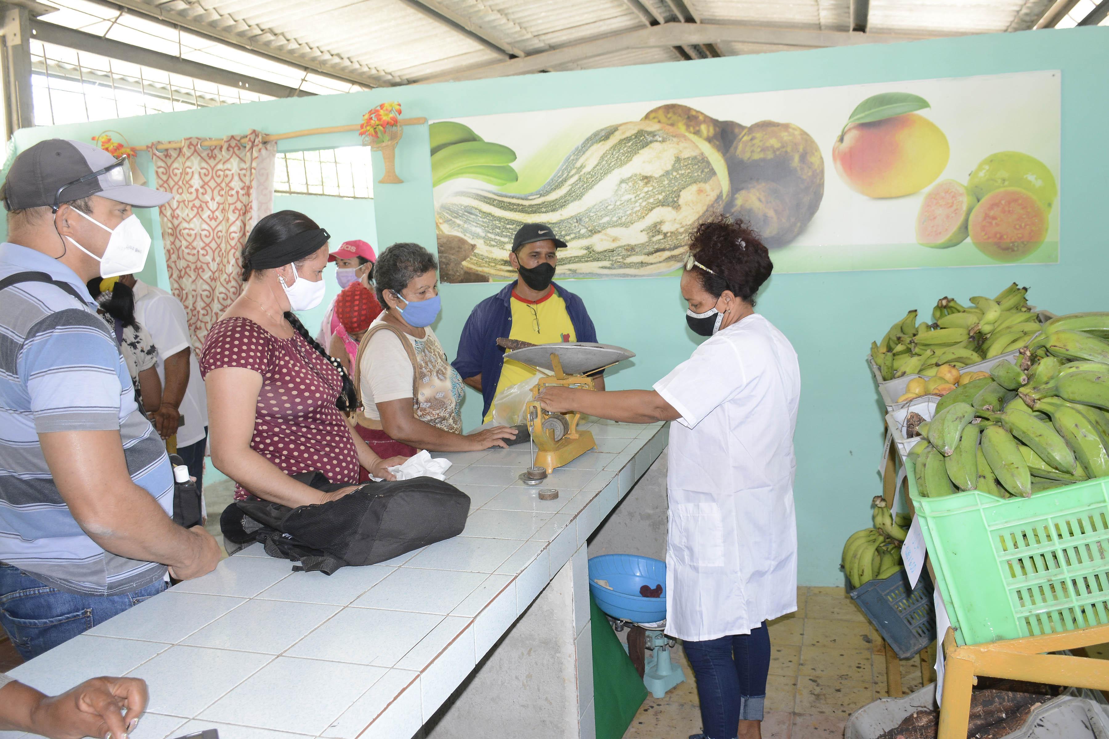 Funciona  nuevo Mercado  Agropecuario en Vado del Yeso,  Río Cauto