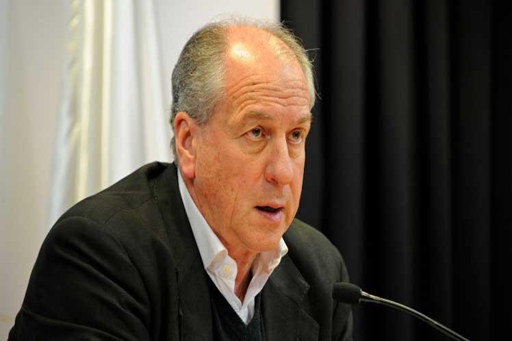Critican parcialidad en reforma de seguridad social de Uruguay